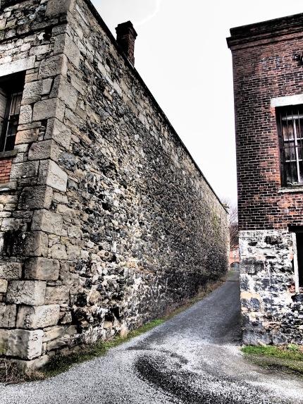 Northern Junk Buildings 2-2-2013 (13)
